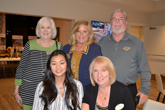 Realtors Enjoy a Wine and Cheese Social at Asturia